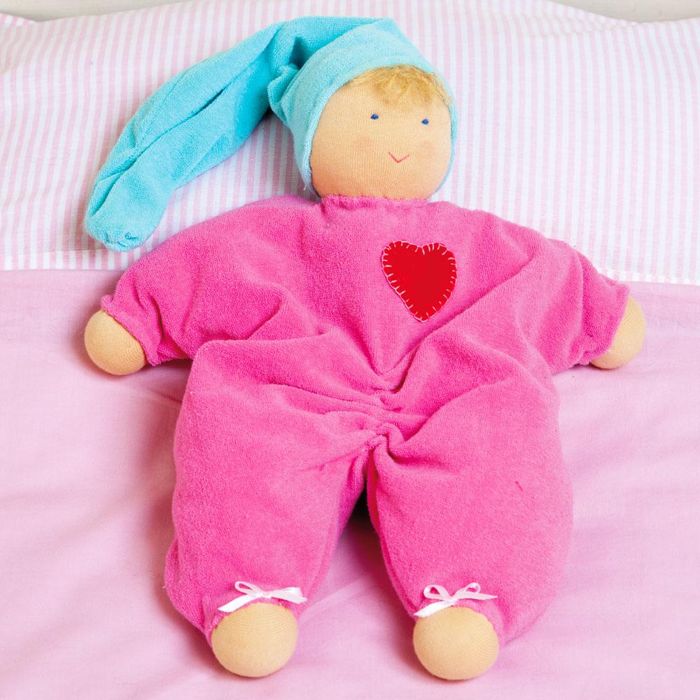Confección de un muñeco bebe waldorf